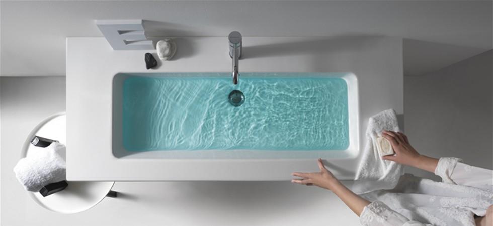 Galassia   sanitari, lavabi d'arredo, piatti doccia e arredo bagno.